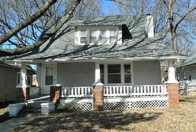 710 E 9th Ave, Winfield, KS 67156 (MLS #592148) :: Kirk Short's Wichita Home Team