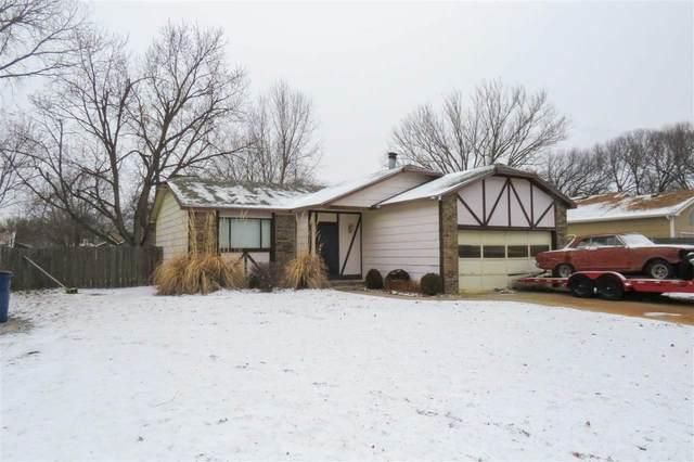 4215 S Pattie Cir, Wichita, KS 67216 (MLS #592361) :: Keller Williams Hometown Partners