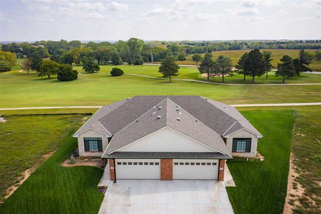 3106 Long Ct, Winfield, KS 67156 (MLS #592367) :: Graham Realtors