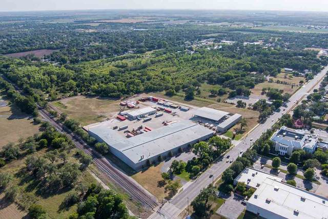 401 W 47th St. South, Wichita, KS 67217 (MLS #592402) :: Jamey & Liz Blubaugh Realtors