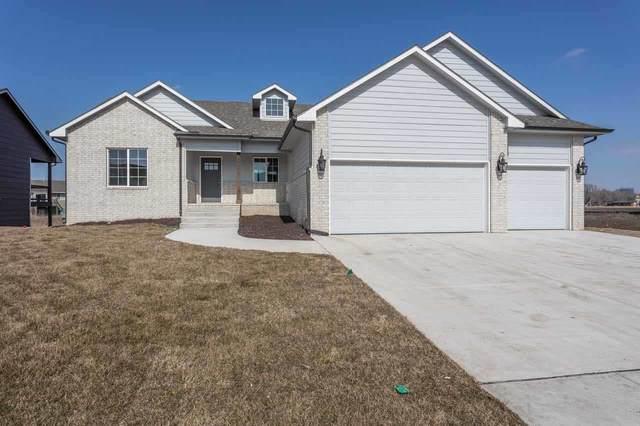 5102 N Athenian St, Wichita, KS 67204 (MLS #592752) :: Jamey & Liz Blubaugh Realtors