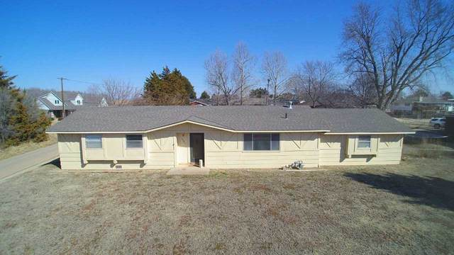 1206 N Walnut, Medicine Lodge, KS 67104 (MLS #592763) :: Graham Realtors