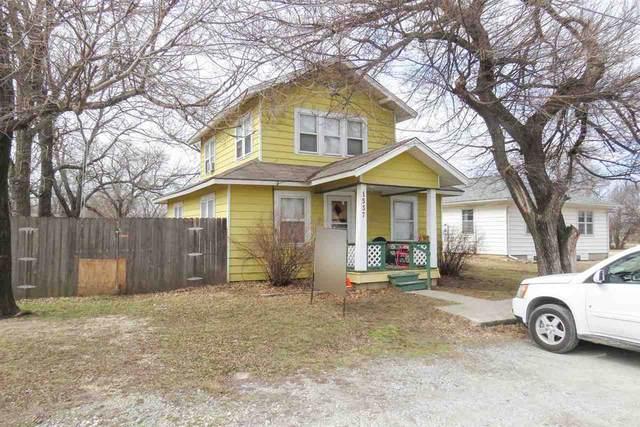 1537 N Main St, Andover, KS 67002 (MLS #592876) :: Graham Realtors