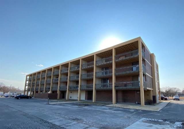 2600 N Grove St, Wichita, KS 67219 (MLS #593067) :: COSH Real Estate Services