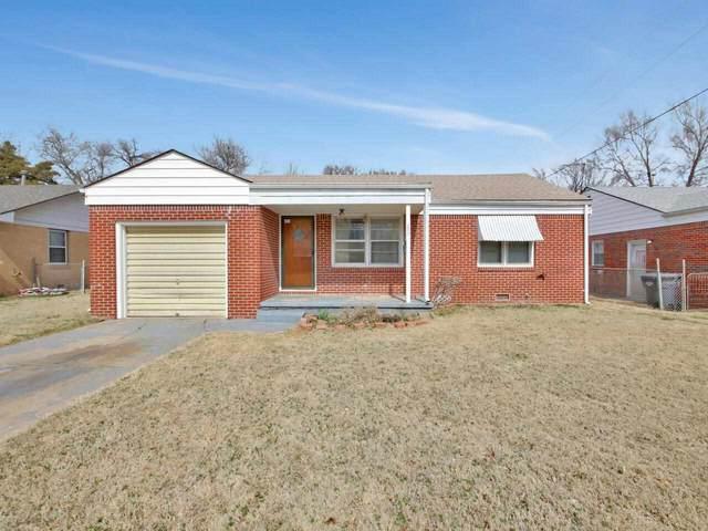 330 E Spencer Dr, Haysville, KS 67060 (MLS #593365) :: The Boulevard Group