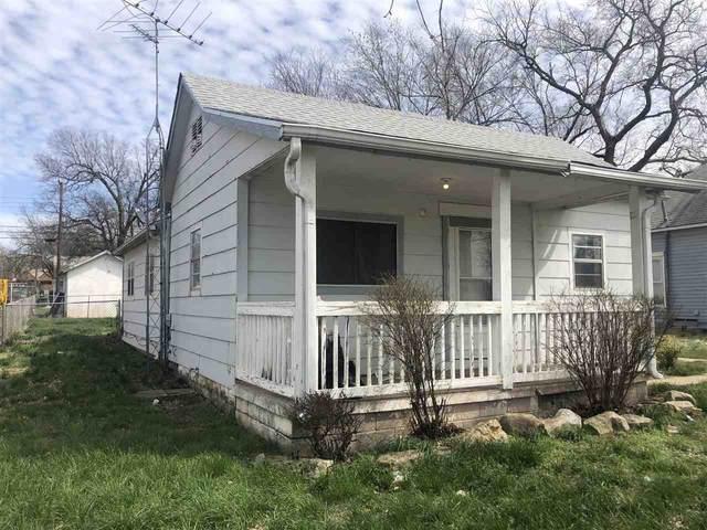 1205 N Jefferson Ave, Wellington, KS 67152 (MLS #593821) :: Kirk Short's Wichita Home Team