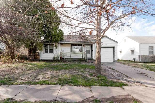 5129 E Elm St, Wichita, KS 67208 (MLS #593934) :: Kirk Short's Wichita Home Team