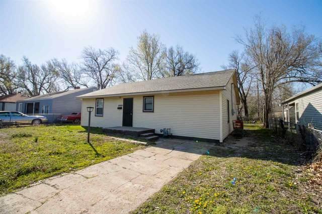 2009 E Random Rd, Wichita, KS 67214 (MLS #594169) :: Kirk Short's Wichita Home Team