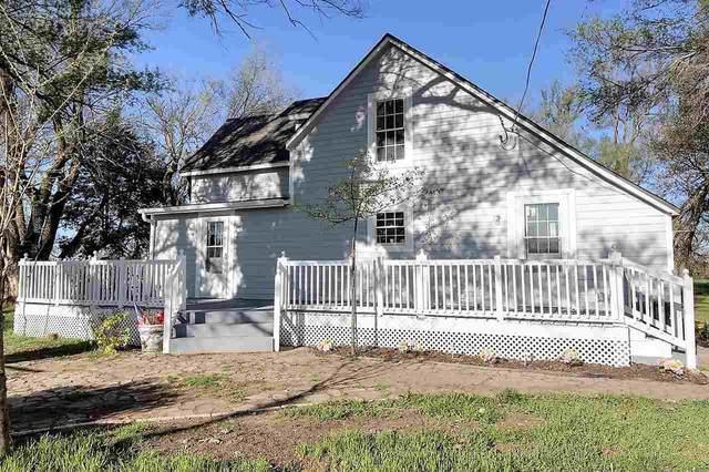 1032 E 120th Ave N, Belle Plaine, KS 67013 (MLS #594351) :: Kirk Short's Wichita Home Team