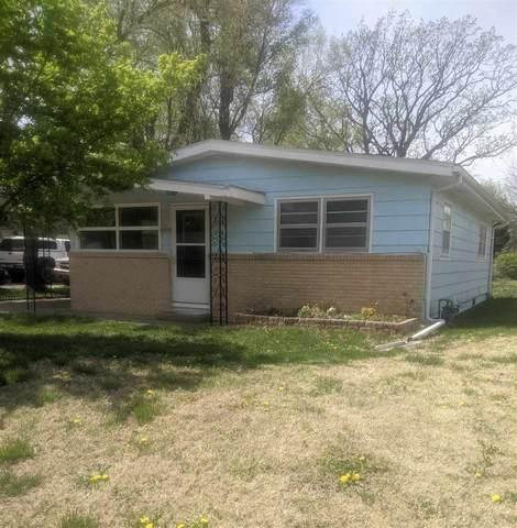 313 Madison Ave, Sedgwick, KS 67135 (MLS #594496) :: The Boulevard Group