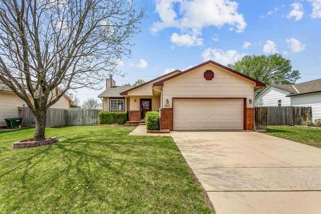 1821 N Pine Grove St, Wichita, KS 67212 (MLS #594544) :: Pinnacle Realty Group