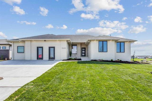 3220 Pine Grove Cir, Wichita, KS 67205 (MLS #594550) :: Kirk Short's Wichita Home Team