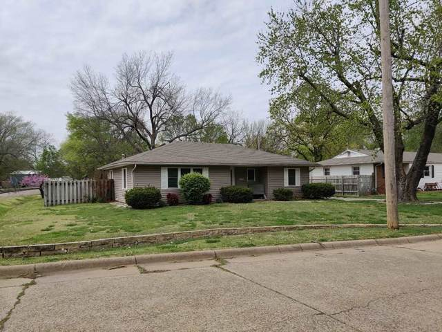 1523 Frankfort, Winfield, KS 67156 (MLS #594738) :: COSH Real Estate Services