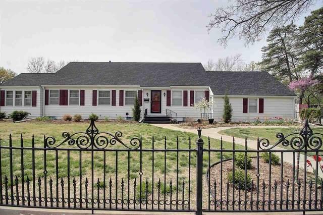 1541 N Pleasantview Dr, Wichita, KS 67203 (MLS #594781) :: Graham Realtors