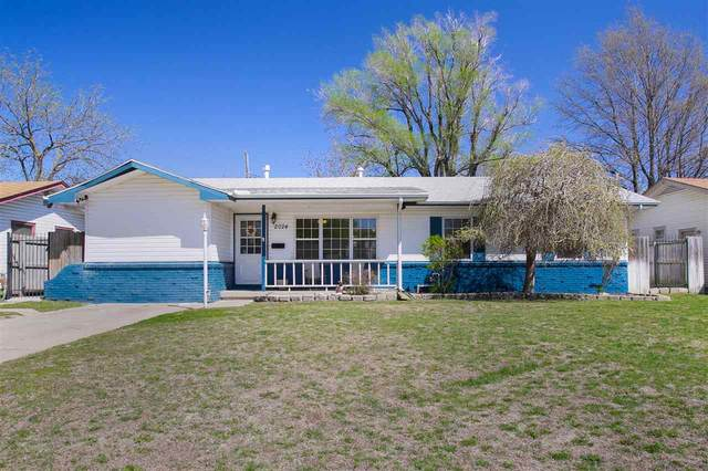 2024 E 53rd St S, Wichita, KS 67216 (MLS #594790) :: Kirk Short's Wichita Home Team