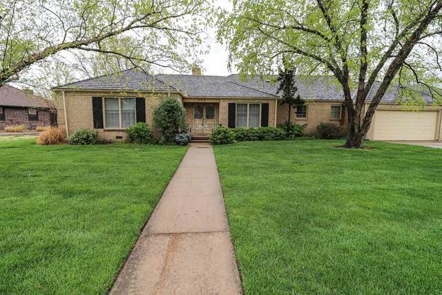 566 N Broadmoor Ct, Wichita, KS 67206 (MLS #594860) :: Pinnacle Realty Group
