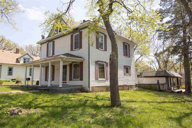 116 W 3RD ST, Peabody, KS 67039 (MLS #594911) :: Kirk Short's Wichita Home Team