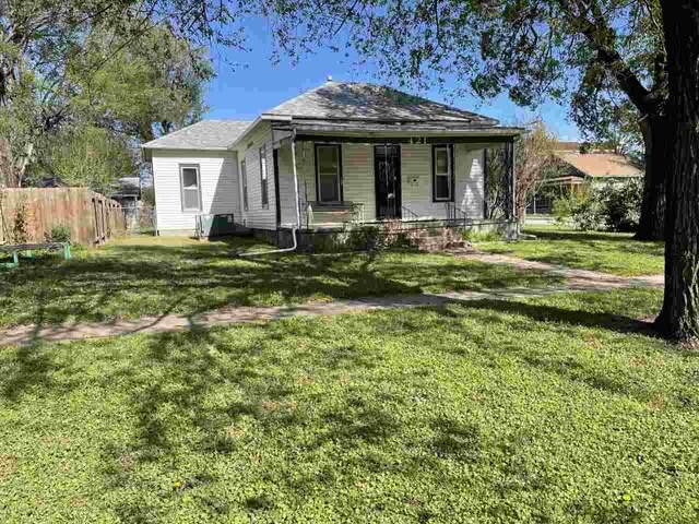 421 S Jefferson Ave, Wellington, KS 67152 (MLS #595091) :: COSH Real Estate Services
