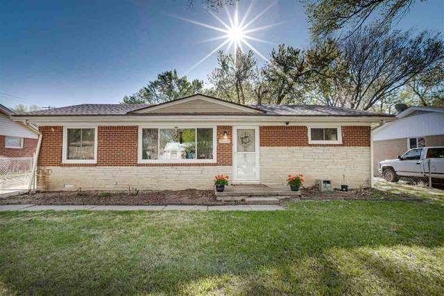 1150 N Lakeview Dr, Derby, KS 67037 (MLS #595126) :: The Boulevard Group