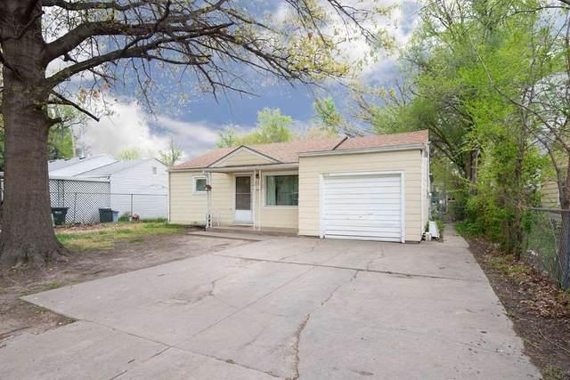 5815 Grand St, Wichita, KS 67218 (MLS #595132) :: Pinnacle Realty Group