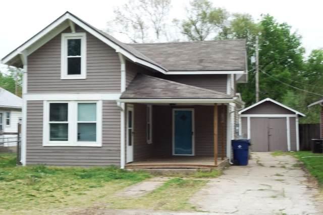108 S Willow St, Douglass, KS 67039 (MLS #595318) :: COSH Real Estate Services
