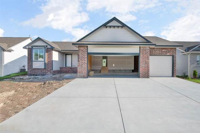 3305 S Bluelake Ct, Wichita, KS 67215 (MLS #595382) :: COSH Real Estate Services