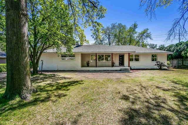 68 S Stratford Rd, Eastborough, KS 67207 (MLS #595425) :: Kirk Short's Wichita Home Team