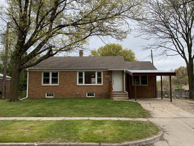 6015 E Zimmerly St, Wichita, KS 67218 (MLS #595437) :: COSH Real Estate Services