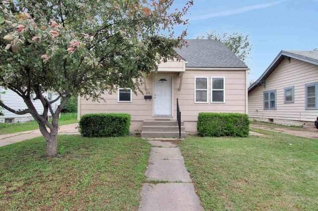 547 S Poplar St, Wichita, KS 67211 (MLS #595559) :: The Boulevard Group