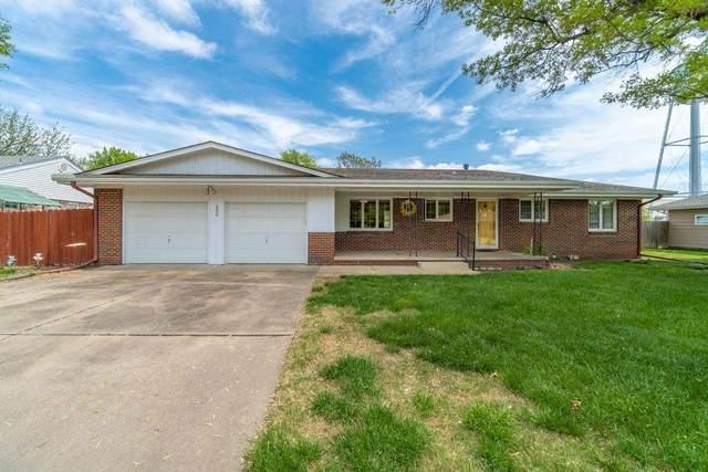 200 N Thomas, Mount Hope, KS 67108 (MLS #595560) :: COSH Real Estate Services