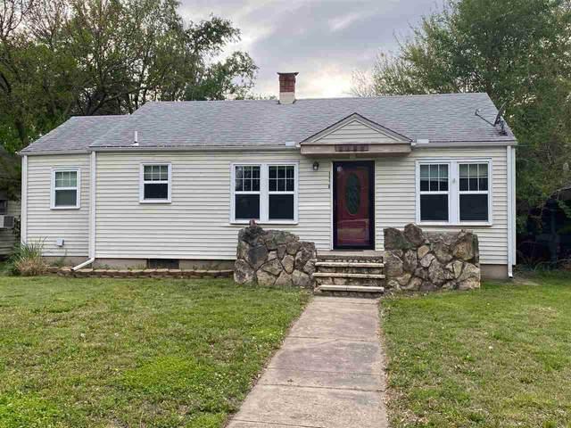 1109 N B St, Arkansas City, KS 67005 (MLS #595566) :: COSH Real Estate Services