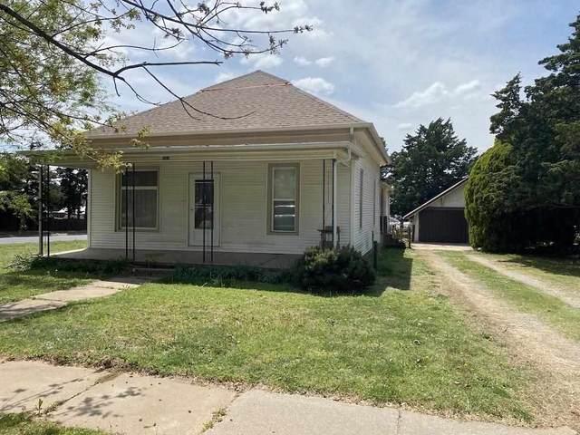 301 N Logan St, Attica, KS 67009 (MLS #595581) :: Kirk Short's Wichita Home Team