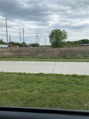 3515 E 47TH ST S, Wichita, KS 67216 (MLS #595659) :: The Boulevard Group