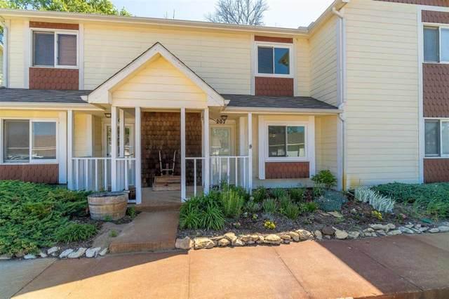 4800 W 13th St N Apt 207, Wichita, KS 67212 (MLS #595773) :: Kirk Short's Wichita Home Team