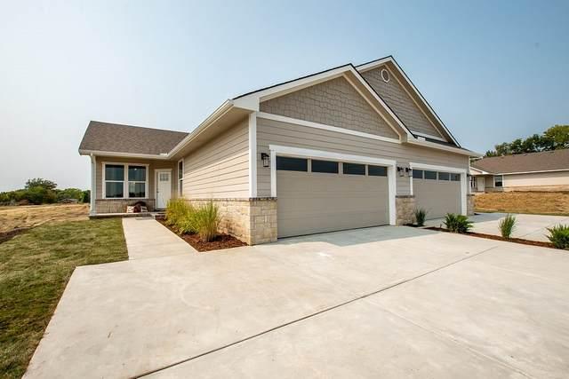 331 N 127th St E #401, Wichita, KS 67206 (MLS #595869) :: Kirk Short's Wichita Home Team