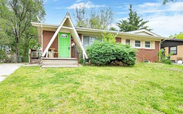 3034 S Euclid Ave, Wichita, KS 67217 (MLS #595918) :: COSH Real Estate Services