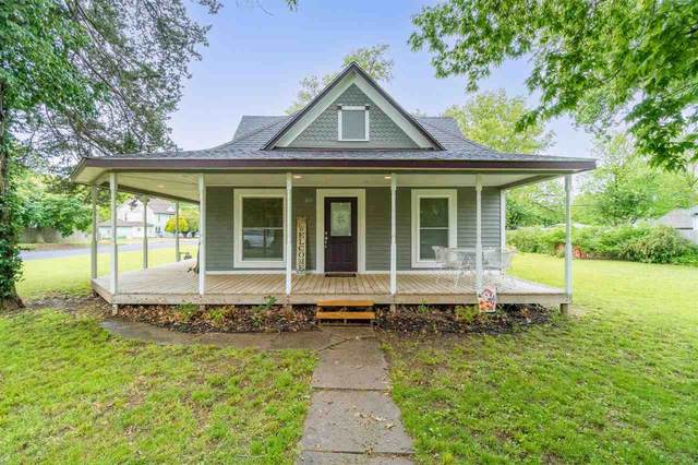 803 Linden St, Belle Plaine, KS 67013 (MLS #595936) :: Keller Williams Hometown Partners