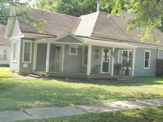 1212 E 7th Ave, Winfield, KS 67156 (MLS #595965) :: Pinnacle Realty Group