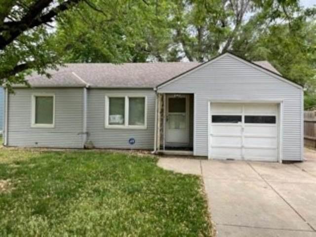 2557 S Washington Ave, Wichita, KS 67216 (MLS #595976) :: Pinnacle Realty Group