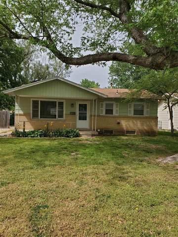 3908 W Westport St, Wichita, KS 67203 (MLS #595995) :: COSH Real Estate Services