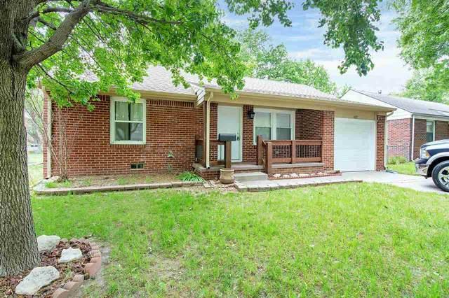 627 S Lightner Dr, Wichita, KS 67218 (MLS #596025) :: Graham Realtors