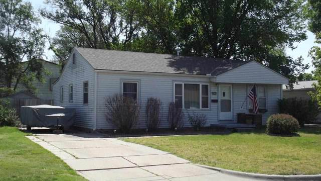 2002 S Everett St, Wichita, KS 67213 (MLS #596078) :: The Boulevard Group