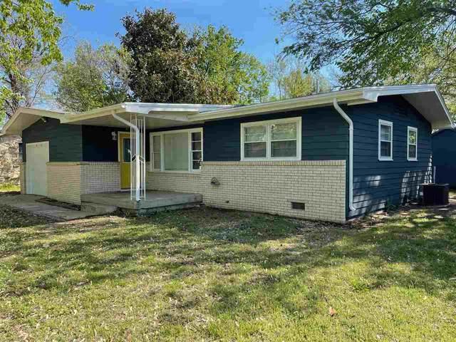 1326 N 10th, Arkansas City, KS 67005 (MLS #596106) :: Kirk Short's Wichita Home Team