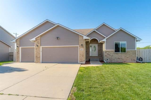 10009 E Stafford St, Wichita, KS 67207 (MLS #596136) :: Kirk Short's Wichita Home Team