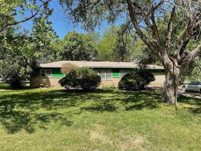 401 S Country View Ln, Wichita, KS 67235 (MLS #596161) :: Graham Realtors