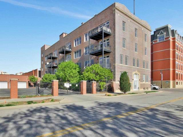 201 S Saint Francis Street #403, Wichita, KS 67202 (MLS #596179) :: The Boulevard Group