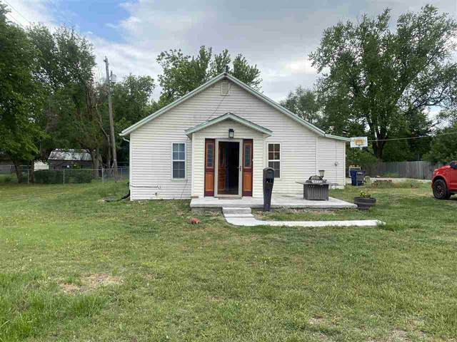 517 W 1st, Valley Center, KS 67148 (MLS #596269) :: Kirk Short's Wichita Home Team