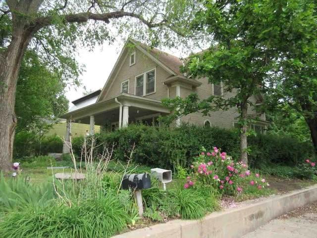 608 E 1st, Newton, KS 67114 (MLS #596306) :: The Boulevard Group