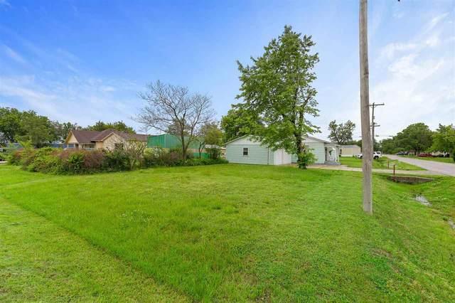 306 S Elm St, South Hutchinson, KS 67505 (MLS #596477) :: Kirk Short's Wichita Home Team