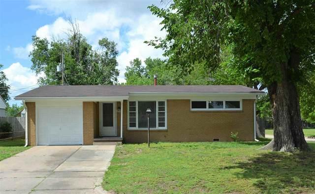 1420 E Berkeley St, Wichita, KS 67216 (MLS #596662) :: COSH Real Estate Services